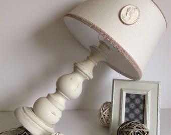 Large and beautiful lamp white country chic