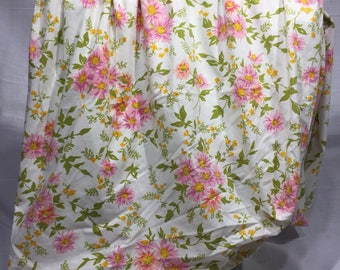 Vintage, floral, full, double, fitted sheet, pink, purple, and yellow flowers, floral print, daisies, bedding, linens, double fitted sheet