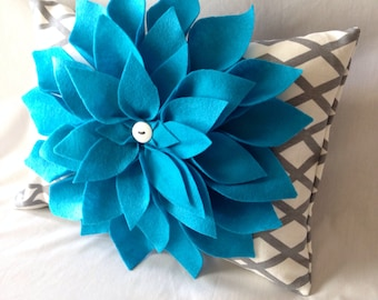 Pillow Cover - Flower Pillow Cover - Turquoise Flower Pillow Cover - 12 x 16 Pillow Cover - Rectangle Pillow Cover