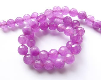48 round faceted purple tinged agate 8 mm REIA 471