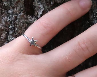 silver ring, silver star ring, sterling silver star ring, star ring, bridesmaids, mother, daughter, eco friendly, novelty, statement