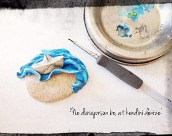 happily arriving to the sea, handmade brooch