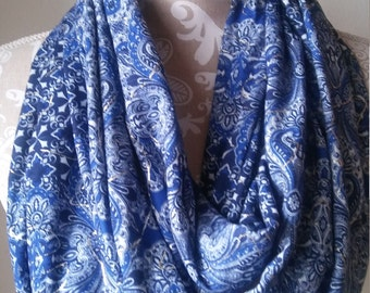Women's Winter Scarf, Blue  Knit Scarf, Women's  Infinity Scarf, Women's scarves, Warm winter scarf, metallic scarf, Gift for her