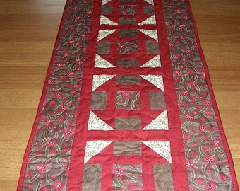 Quilted Table Runner Red Brown, Patchwork Red Brown Cream Table Runner Quilt, Red Brown Quilt, Quiltsy Handmade,  Churn Dash Table Runner,