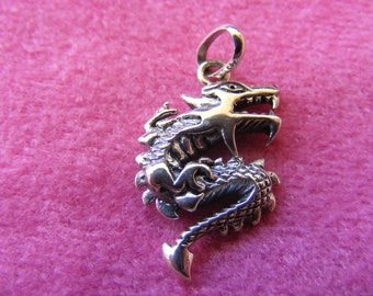 J) Vintage Sterling Silver Charm Chinese Dragon