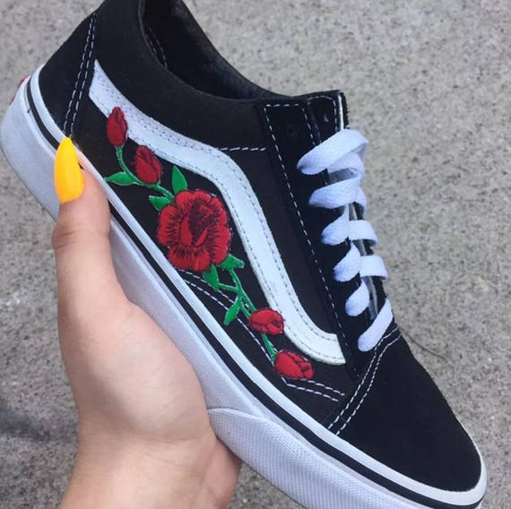 old skool vans black women