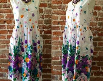 Vintage 1980's Large Print Floral Day Dress With Scalloped Neckline, Extra Large Pockets, La Cera