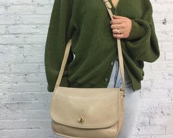 "vintage Coach cream leather crossbody saddlebag / Coach classic ""city"" satchel messenger bag"