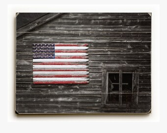 Wood Sign: USA Flag Barn Wood Plank, Americana Farmhouse Art, American Flag Wood Plank, Patriotic Art, Rustic Home Decor, Barn Art.