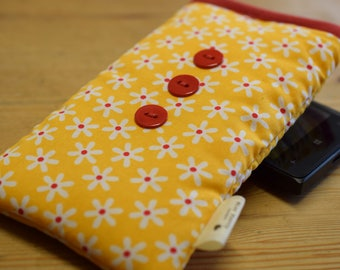 Yellow Daisy Print Apple iPod Sock - Various Sizes for all Models