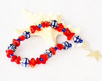 4th of July bracelet, coral bracelet, red white and blue, USA jewelry, Independence Day gift, summer jewelry, star charm, patriotic jewelry