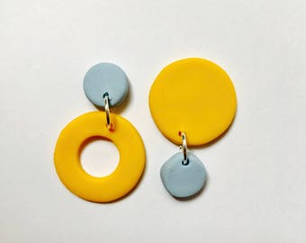 Stud Yellow and Blue Naughts and Cross Earrings.