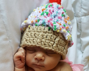 Crochet Cupcake Hat, Crochet Baby Girl Hat, Newborn Photo Prop Hat, Baby Birthday Hat, Purple Hat