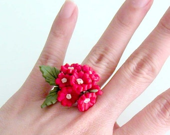 Red Daisy Ring - Red Flower Ring - Handmade Polymer Clay Flower Ring - Red Statement Ring - Red Bridesmaid Ring - Red Handmade Jewelry