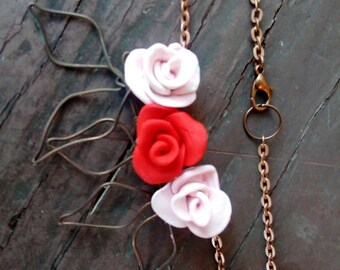 Sophisticated red and pink rose necklace