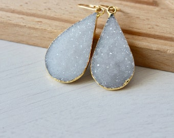 White Druzy Earrings,Teardrop Druzy earrings,white teardrop earrings,gold white drop earrings,gift for her,gift under 100,crystal earrings