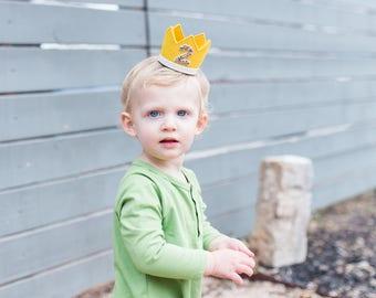 Boy Birthday Crown || 2nd Boy Birthday Outfit ||Boy Party Hat ||  || Max Crown || Gold Felt Crown || Little Blue Olive