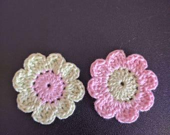 Crochet  flower appliques lemon green,pale Pink ,set of 2 flowers,size 3.3 cm, crochet 8 petals flower applique,Scrapbooking