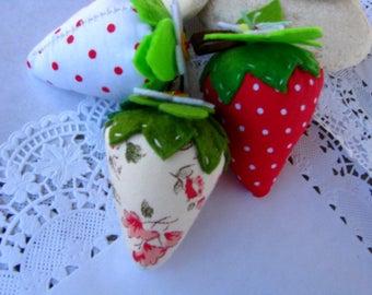 Strawberries decor, Strawberry pincushion, fabric felt decoration, handmade, fruit pincushion - set of 3