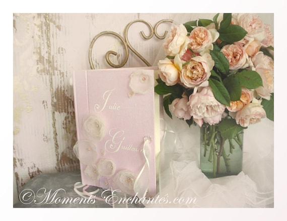 Mariage Livre d'or pour un mariage romantique et chic fleurs tissu livre d'or traditionnel