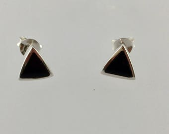 Black triangle studs/black onyx studs/black triangle stud earrings/black studs/sterling silver/silver triangle /triangle /studs/8mm