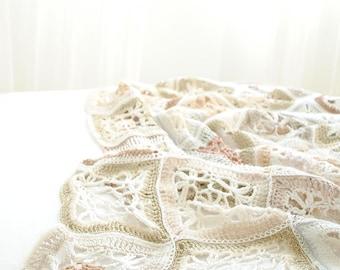 Handmade Crochet Plaid/Sofa Throws/Wool baby Blanket/Beige and white blanket/160x160cm/Gift for wedding, newborn/Decorative throw