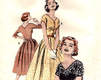 Butterick 6796 Wide V Neckline and Circle Skirt with Unpressed Pleats VINTAGE 1950s