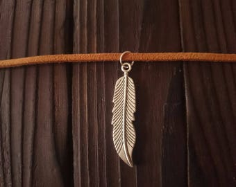 """Disney Pocahontas inspired tan faux suede cord choker with feather charm pendant - 12-15"""""""