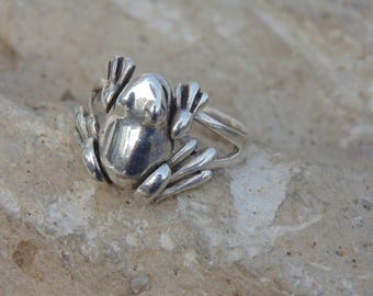 Sterling Silver Frog Ring with Moving Legs - Size 6.5