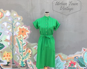 Vintage 1980s Green Woven Belted Dress (Size Small/Medium)
