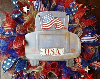 Fourth of July Wreath, 4th of July Wreath, American Flag Wreath, Fourth of July Truck Wreath, Truck Wreath, Red White and Blue Wreath, Flag