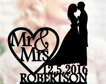 Wedding cake topper , Silhouette groom and bride , acrilic cake topper  , cake topper wedding , initials cake topper