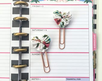 Set of 2 Mini Fabric Heart Paperclip bookmarks - Planner Paperclips - Planner Accessories - Planner Clips - Spring Floral Fabric