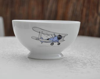 Bowl with a blue and gray bi-plan airplane for boys, airplane!