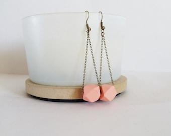 Geometric earrings soft pink beads