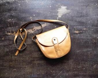 Vintage 80s-90s LANCEL Small Shoulder Bag Light Brown Leather
