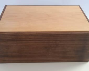 Wood memory box, trinket box, jewlery box by Bruce Hay. Made of solid maple and walnut.