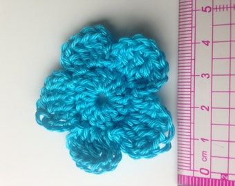 Set of 4 turquoise blue crochet flowers