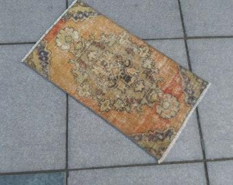 Vintage rug. Turkish rug. Hand made rug. small oushak rug. rug pad. Anatolian oushak rug. Rug. Home rug. small rug. Rug pad. tapis. teppich