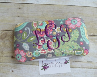 Paisley Floral on Gray Travel Baby Wipe Case, Personalized Wipe Holder, Diaper Wipe Case, Diaper Bag Wipe Clutch, Baby Shower Gift, Wipecase
