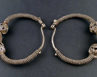 Old Indian earrings, called Bali, silver indian jewelry, jewellery from Himachal Pradesh, indian ethnic silver