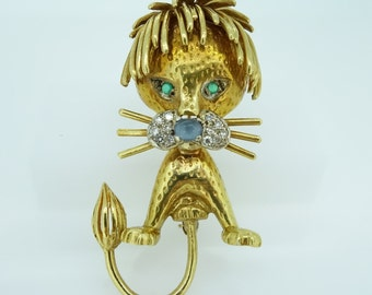 Vintage Funky Lion Pin