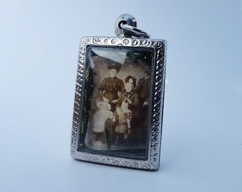 Life. Love. Today. Vintage Victorian Family Photo, Locket Necklace, Terrarium Necklace LK18