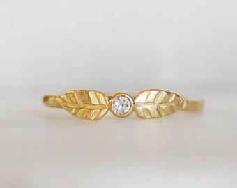 Diamond Leaf Wedding Ring - Size 6.25 - 18k Gold Diamond Double Leaf Wedding Ring