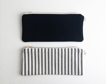 "PENCIL POUCH / clutch bag, make-up bag, pencil case / cotton black and white / 6.5""x9"" / gold zip / la petite boite / handmade in quebec"