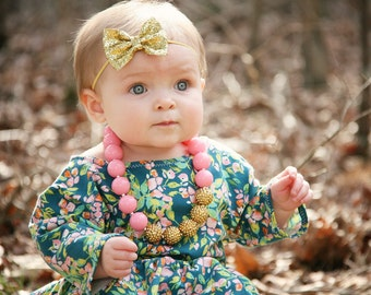 Pink and Gold Bubblegum Necklace, Girl Toddler Necklace, Girl Chunky Necklace, Baby Photo Prop, 1st Birthday Necklace, Girl Birthday Gift