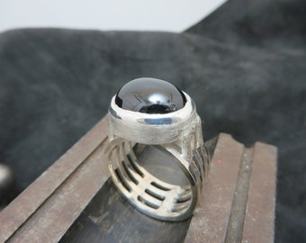 Men's ring in sterling silver with star diopside