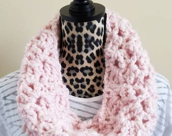 Crochet Pink Cowl|Loop Scarf|Neckwarmers|Neck Warmer|Chunky Cow|Crochet Cowl|Circle Scarf|Alpaca Yarn|Infinity Scarf