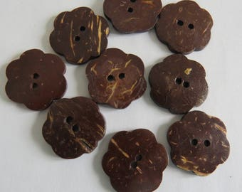 Button * Brown flower coconut (set of 3)