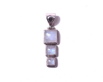 925 sterling silver pendant and moon stone